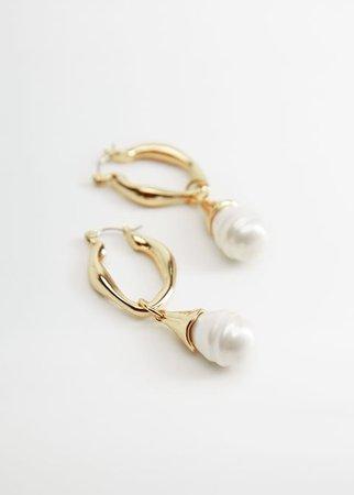 Σκουλαρίκια κρεμαστά πέρλες - Γυναίκα | Mango ΜΑΝΓΚΟ Ελλάδα