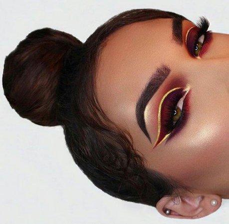 fire eyeshadow look