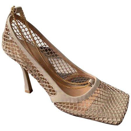 Stretch leather heels Bottega Veneta Beige size 37 EU in Leather - 9277141