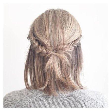 Short braided hair