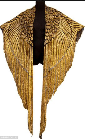gold wing cape