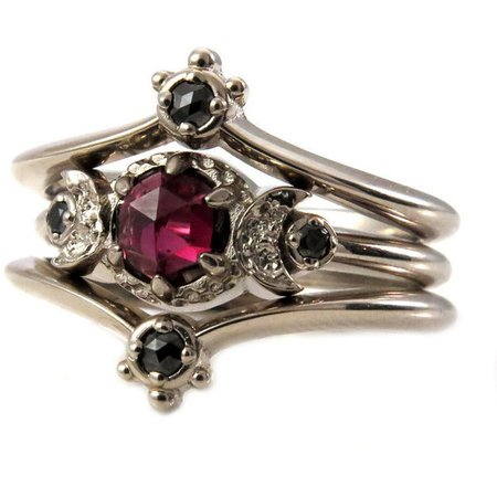 Victorian Gothic Magnenta Ring
