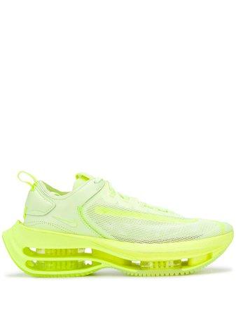 Nike chunky sole sneakers green CI0804 - Farfetch
