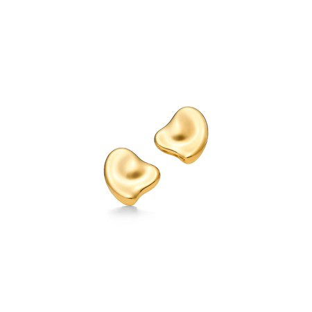 Elsa Peretti® Full Heart ear clips in 18k gold, small. | Tiffany & Co.