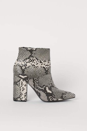 Block-heeled Ankle Boots - Pink