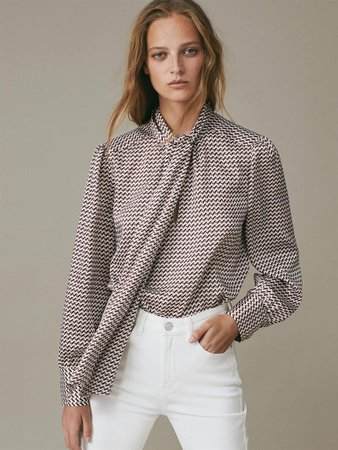 Printed blouse with tie detail - Women - Massimo Dutti