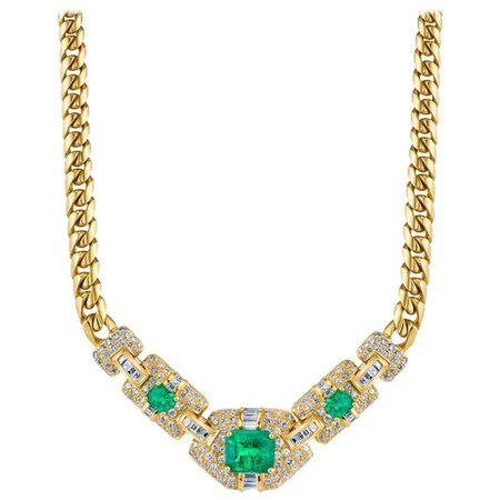 Emerald Diamond Gold Necklace For Sale at 1stDibs