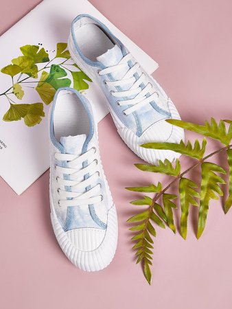 Lace-up Front Tie Dye Canvas Sneakers