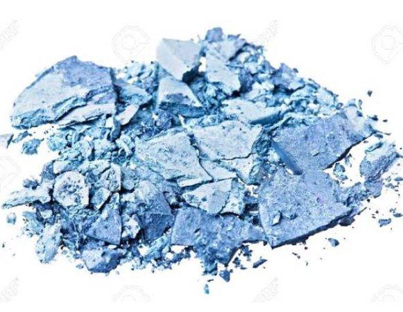blue broken eyeshadow