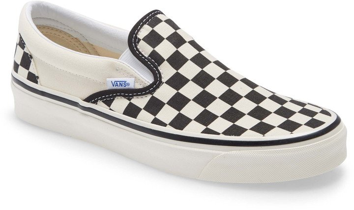 Classic 98 DX Slip-On Sneaker