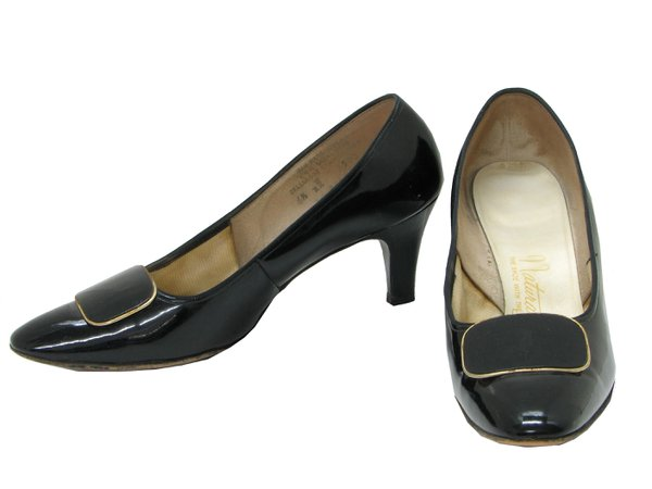 1960's Vintage Naturalizer Shoes