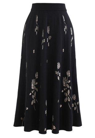 Rosebud Pleated Knit Midi Skirt in Black - Retro, Indie and Unique Fashion