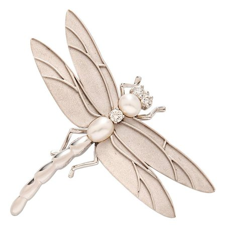 Tiffany and Co. 18 Karat White Gold, Diamond and Cultured Pearl Dragonfly Brooch For Sale at 1stdibs