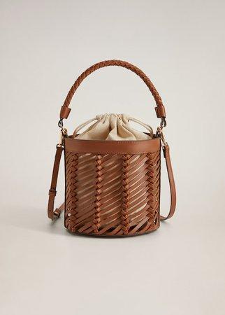 Woven lattice bucket bag - Women   Mango USA brown