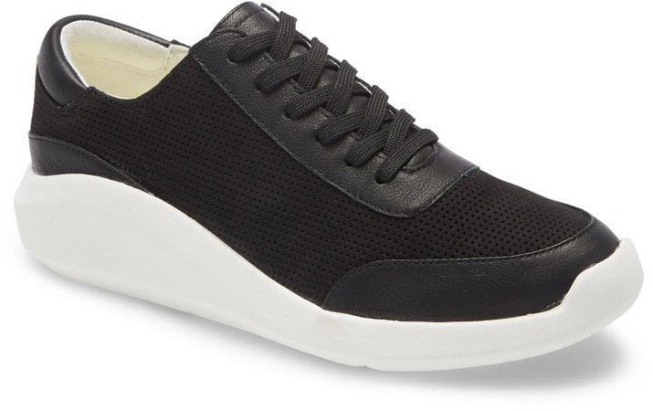 Mello Low Top Sneaker