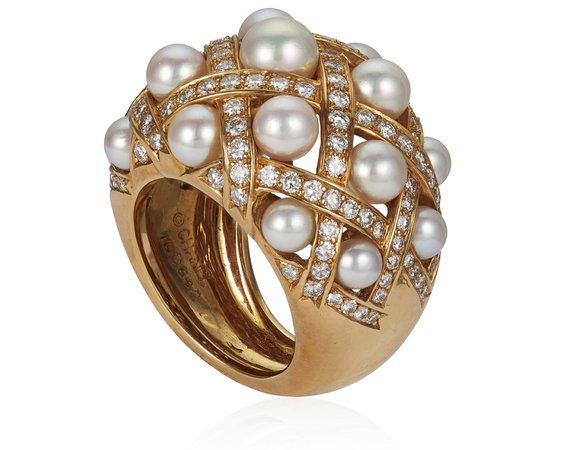 CHANEL, 'MATELASSE' CULTURED PEARL AND DIAMOND RING
