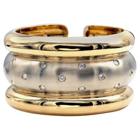 Diamonds 18 Karat Gold Cuff Bracelet For Sale at 1stDibs