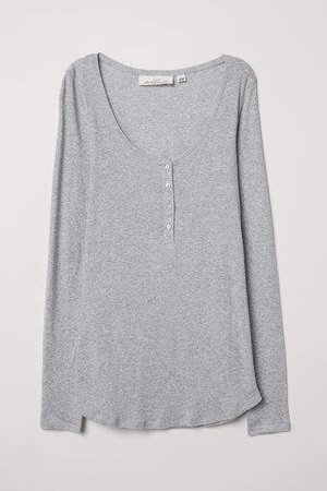 Fitted Henley Top - Gray
