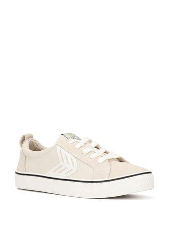 Cariuma CATIBA Low Stripe Vintage White Suede And Canvas Sneaker - Farfetch