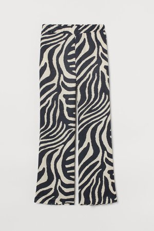 Wide-cut Satin Pants - Black