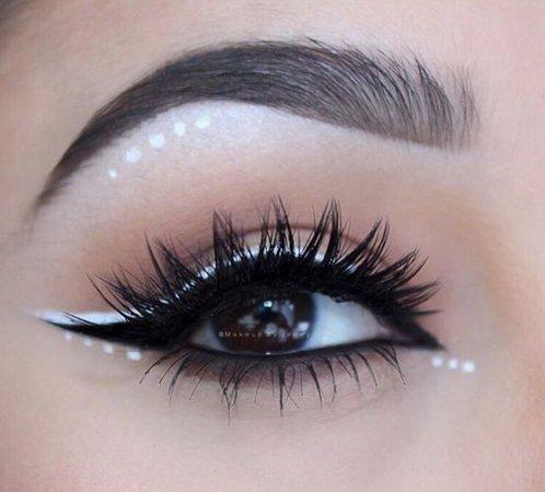 Polka Dot Eye Makeup