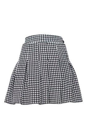 Black Dogtooth Pleated Side Split Tennis Skirt   PrettyLittleThing USA