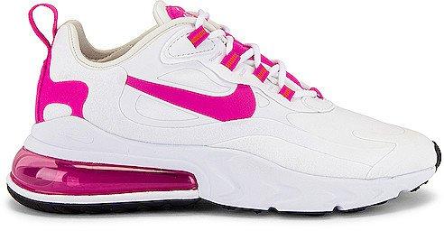 270 React Sneaker