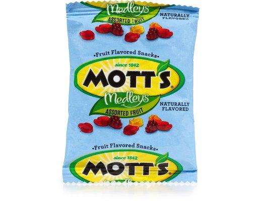 Mott's Medleys Fruit Snacks 90 Pouches - Assorted Fruit | Boxed
