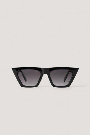 Sharp Square Cateye Sunglasses Black | na-kd.com