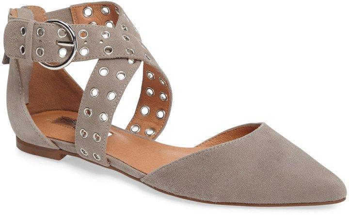 Molly Pointy Toe Flat