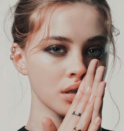 Josephine Langford💕