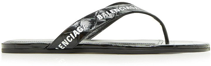 Round Thong Sandals in Black & White | FWRD