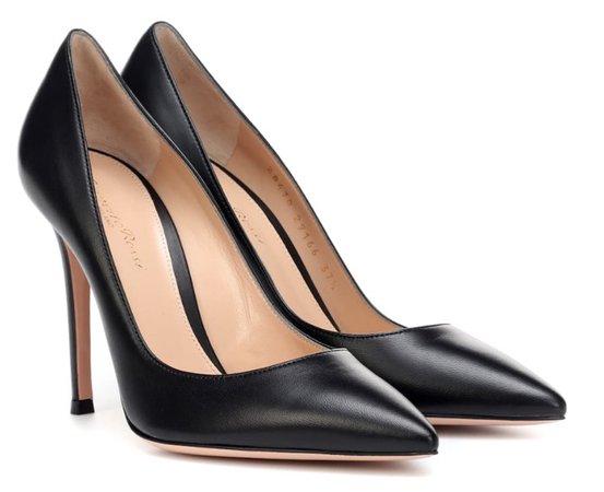 GIANVITO ROSSI Black Heels