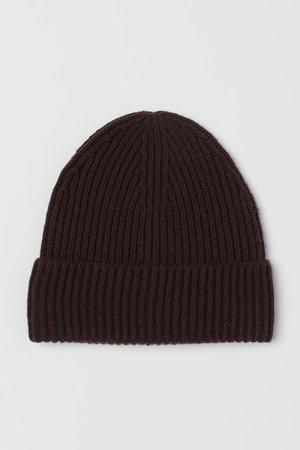 Вязаная шапка в рубчик - Темно-коричневый - Женщины   H&M RU
