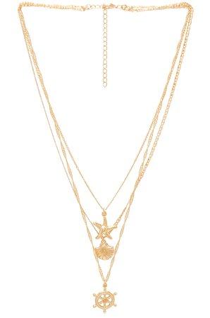 Pink Sands Necklace Set