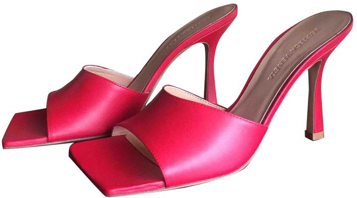 Stretch Red Leather Sandals