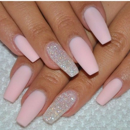 pink little nails