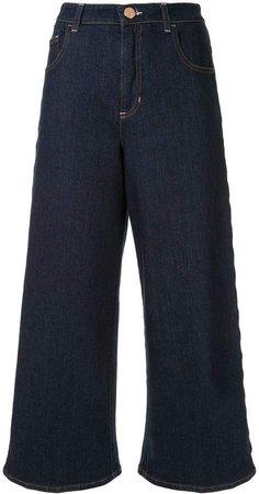 wide-leg cropped jeans