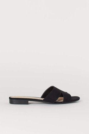 Low-heeled Sandals - Black