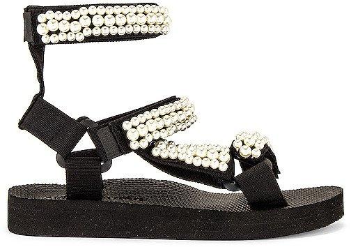 Trekky Pearl Sandal