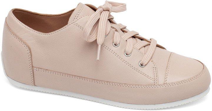Kammi Sneaker
