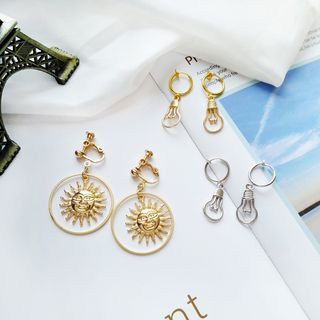 Isle of Green Light Bulb Drop Earring | YesStyle