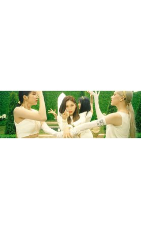 HEARTBEAT 'GIRLS' OPENING DANCE SCENE