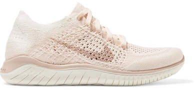 Free Rn Flyknit 2018 Sneakers - Blush