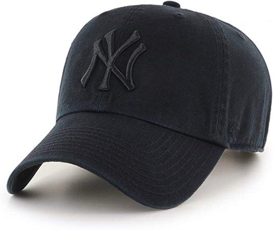 Amazon.com : '47 New York Yankees Strapback Brand Clean Up Adjustable Cap Hat (Black on Black) : Sports Fan Baseball Caps : Clothing
