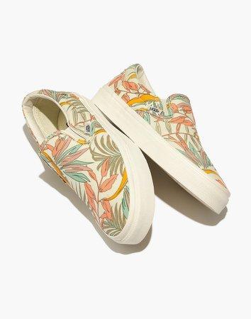 Vans Unisex Classic Slip-On Sneakers in Cali Floral