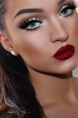 Full Face Scarlet Red Makeup