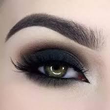 Lola's eyeshadow