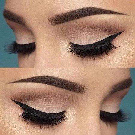 Maquillaje Estilo Natural Tonos Naturales Delineado Perfecto Otoño Tendencia de Moda 2018 / Natural Make Up Style Rose Gold Color Autum Fashion Trends 2018