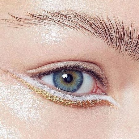 4 creative eyeliner looks you should try this Fall | Fashtrack